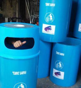 tong sampah besar