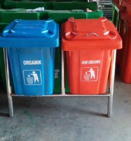 tong sampah fiber kotak